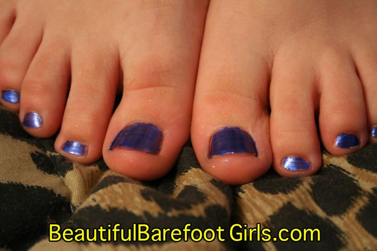 156 Best Cute Feet Images On Pinterest  Barefoot Girls, Barefoot And The Park-7114