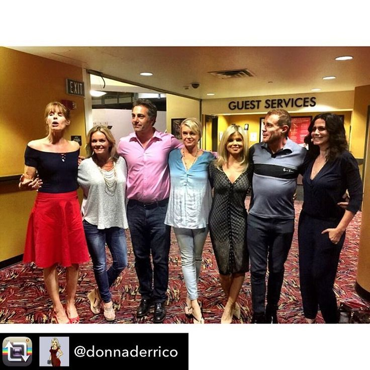 Repost from @donnaderrico - Mini reunion at a private screening of the new Baywatch movie last night. The dress I'm wearing is by my friend and stylist Tonia @inanceskincare ��L to R: Alexandra Paul, Kelly Packard, Michael Bergin, Erika Eleniak, (me), Jaason Simmons, and Nancy Valen @baywatchmovie #inance #dress #dresses #style #styles #bodycon #fashion #look #looks #lookbook #baywatch #baywatchmovie #movie #movies #celebrity #celebritystyle #celebritystylist #celebritylooks #stylist #look…