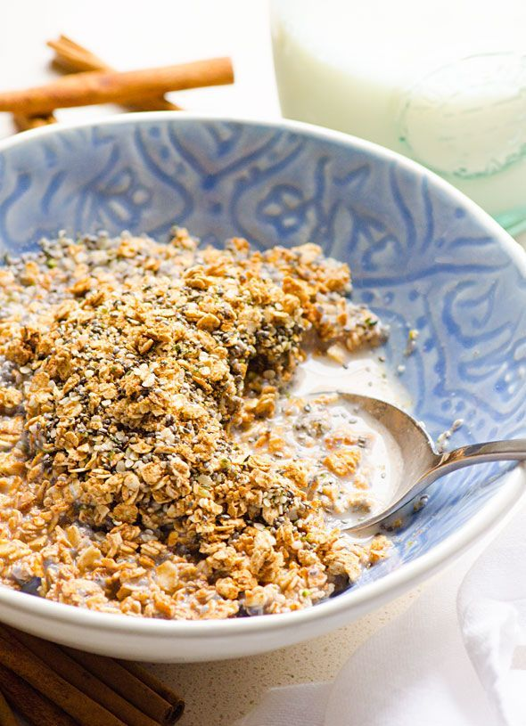 This cinnamon toast crunch recipe is made with superfood cinnamon, coconut sugar, oats, hemp and chia seeds. Legit crunchy high fiber cereal.