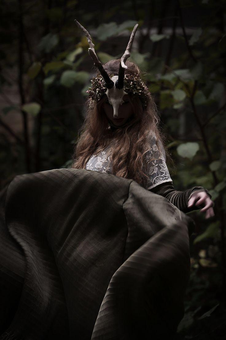 Photographer: Fabio Interra Hair/Makeup: Stefania Gilardi Model: Alessandra Barbieri #faerie