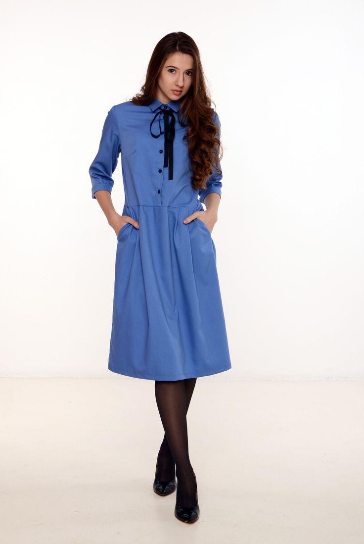 Платья : Платье голубое с черным бантом