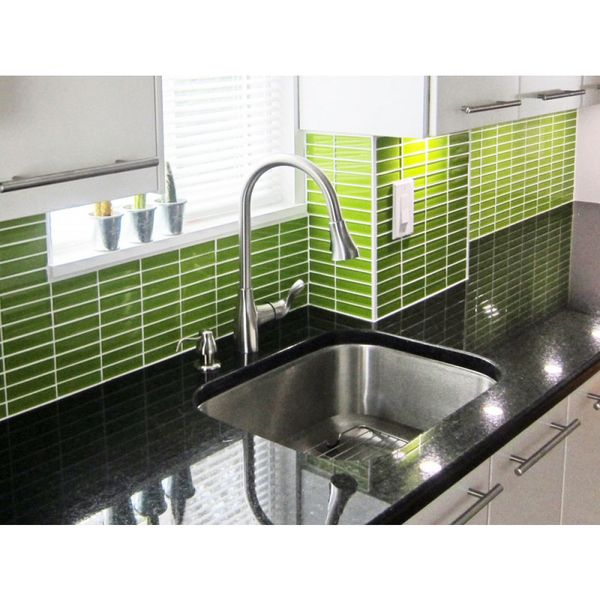 Green Tiles For Kitchen: 17 Best Ideas About Green Subway Tile On Pinterest