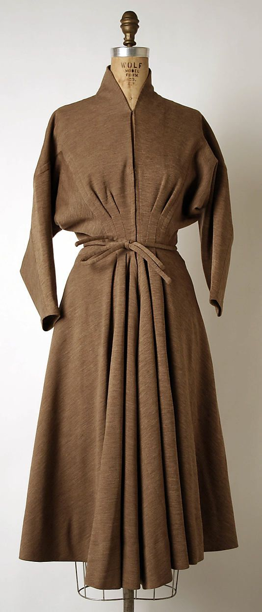 Dress  Madame Grès (Alix Barton)  (French, Paris 1903–1993 Var region)  Date: 1948 Culture: French Medium: wool