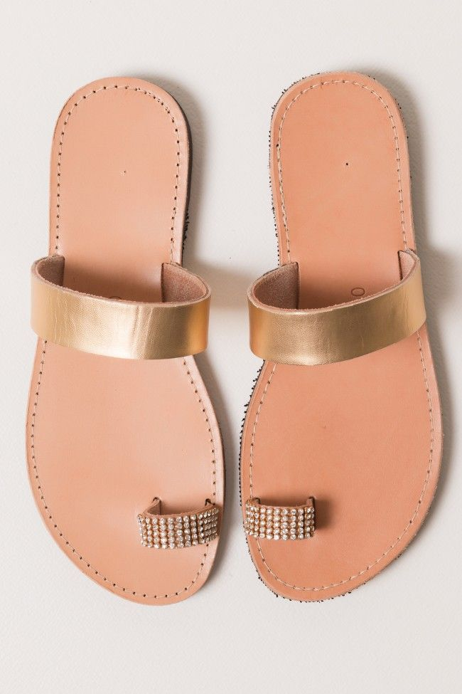 Strass And Gold One Finger Leather Sandals