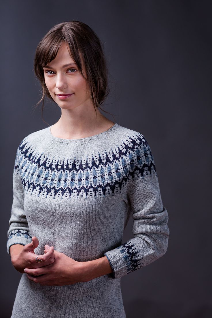 Ravelry: Voe pattern by Gudrun Johnston