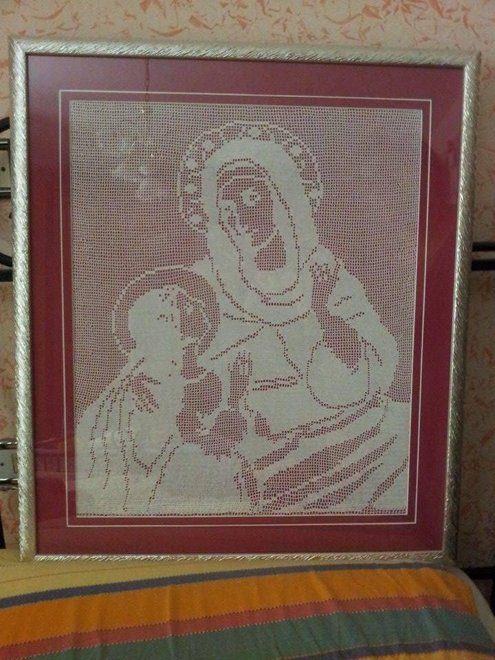 Sant'Anna con Maria foto lavoro uncinetto filet utente Facebook Stefania Di Pietro (3)