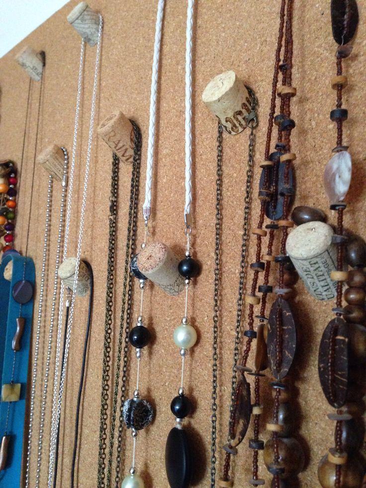 M s de 25 ideas nicas sobre collar de corcho en pinterest - Colgador de collares ...