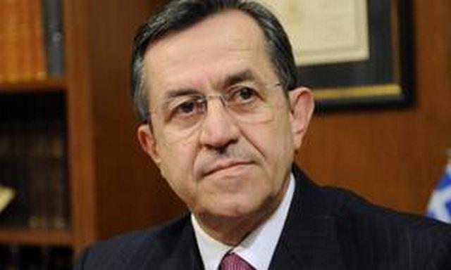 Ν. Νικολόπουλος: Αντισυνταγματικές οι αλλαγές στα Θρησκευτικά: Ο ανεξάρτητος βουλευτής Νίκος Νικολόπουλος κατέθεσε ερώτηση προς τον νέο…