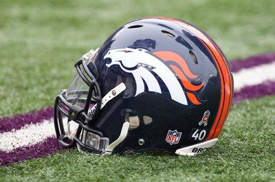 I'm not a football fan unless its the Denver Broncos vs anyone :)