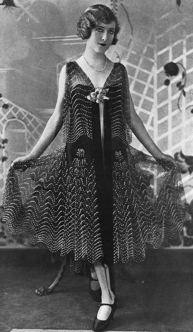 Dinner dress by Jean Patou, Les Modes July 1928. Photo by Wide World Photos.