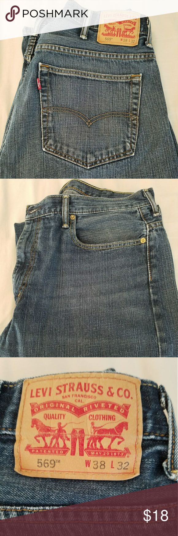 Men's Levi Jeans Relaxed fit jeans in a medium wash. 38 waist 32 inseam. Great condition Levi's Jeans Relaxed
