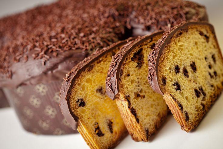 colomba artigianale al cioccolato. Impasto a lievitazione naturale per circa 70 ore. #food #gusto #bakeoff #sweet #treats #choco  #cacao # cioccolato #marche #lifestile #pasqua #easter
