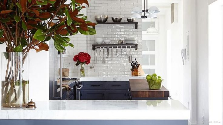 Airy Kitchen With Subway Ceramic Backsplash And Using Stainless Steel Kitchen Utensils The Useful And Must Have Kitchen Utensils Check more at http://www.wearefound.com/the-useful-and-must-have-kitchen-utensils/