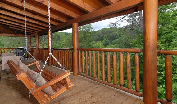 escape 2 bedroom 2 bathroom cabin rental in pigeon forge tennessee