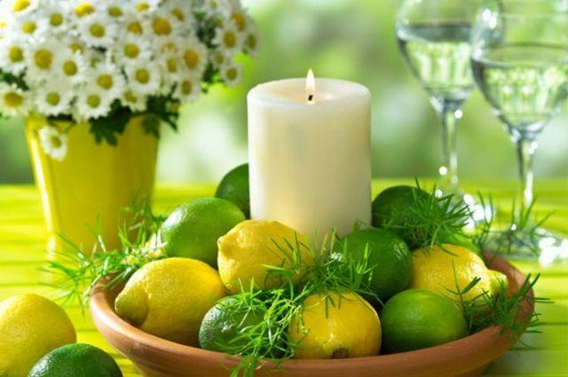 Frühling Tischdeko Zitronen Gänseblümchen Kerzen