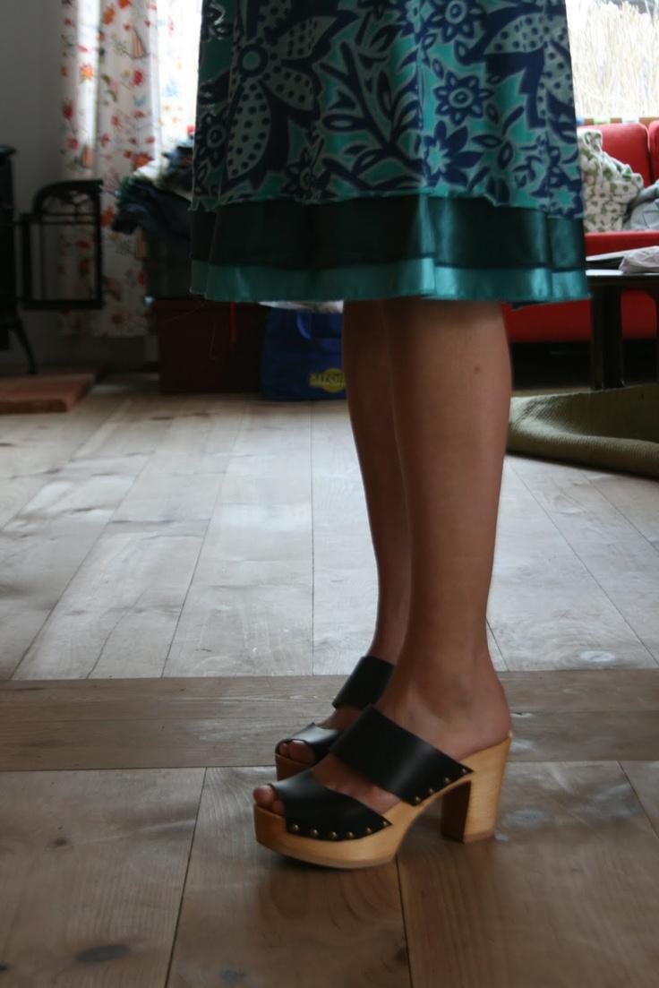 1000 Images About Wooden Sandals On Pinterest Originals