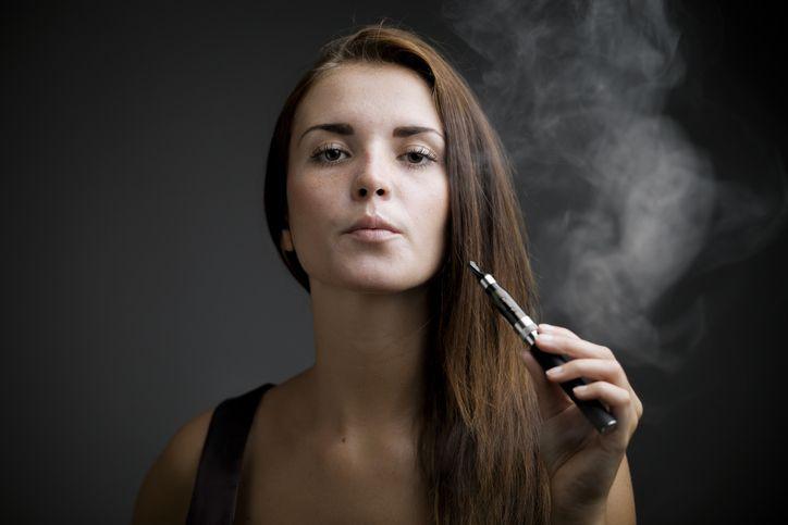 Cigarette électronique: certains parfums seraient plus dangereux que les autres