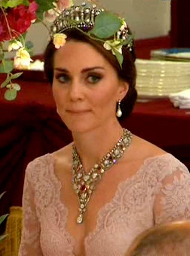Pin On Kate The Duchess Of Cambridge And Countess Of
