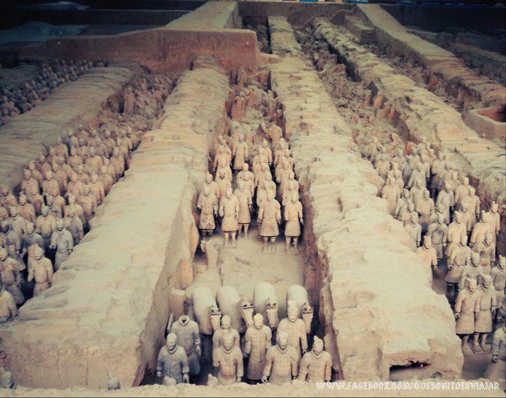 Guerreros de #terracota de #Xian en China http://que-bonito-es-viajar.blogspot.com.es/2014/02/los-guerreros-de-xian.html
