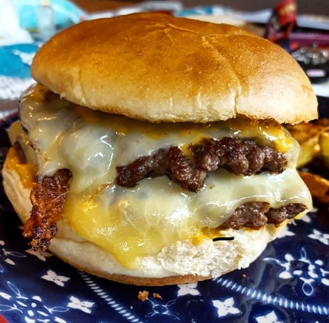Homemade Double Cheese Burger Smash Style With Monterey Jack Cheese And Burger Sauce Was A Good One Best Burger Recipe Burger Burger Sauce