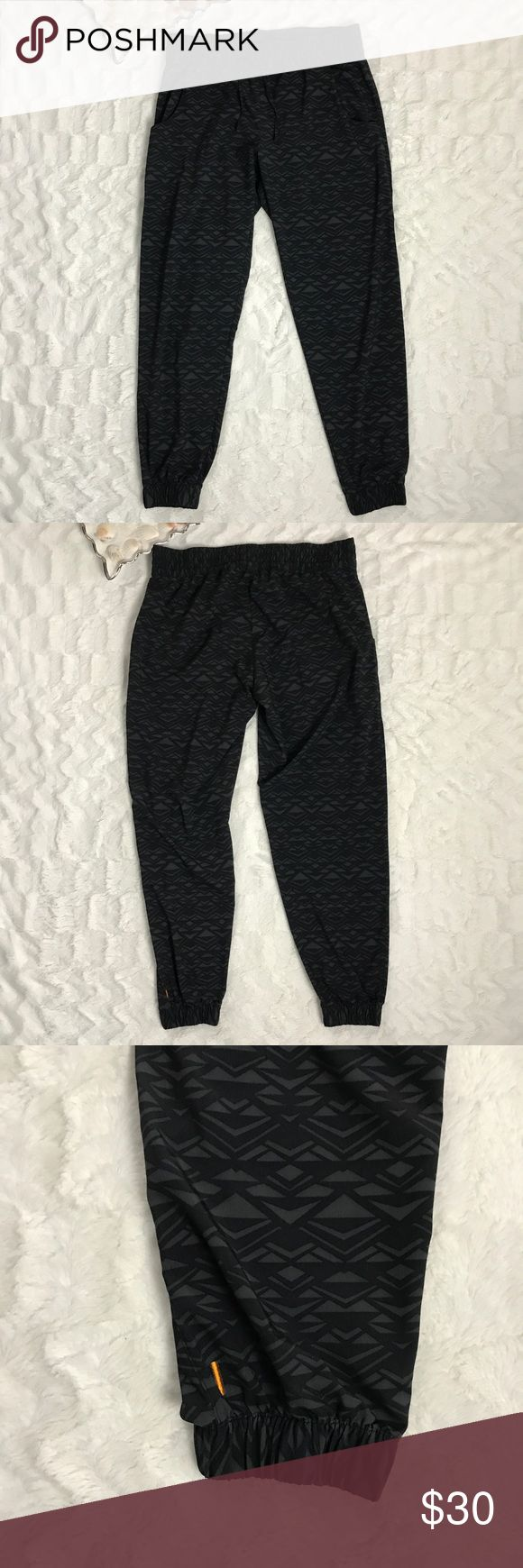Lucy Athletic Joggers drawstring waist M Lucy women's joggers elastic waist with drawstring printed design cinched ankle M  Measurements  Length: 37 inches Inseam: 28 inches  Waist: 16 inches  TAG IS A BIT CURLED Pants Track Pants & Joggers