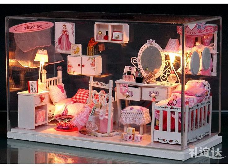 Crystal Box LED Light dollhouse furnitures miniatures Pretty Princess Room kit with cover