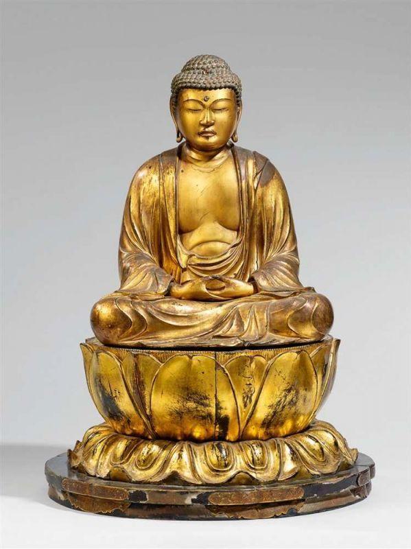 Lot : Buddha Amida. Holz, über Schwarzlack vergoldet. 18./19. Jh.  - 3-tlg. Im[...] | Dans la vente Art d'Asie à Kunsthaus Lempertz