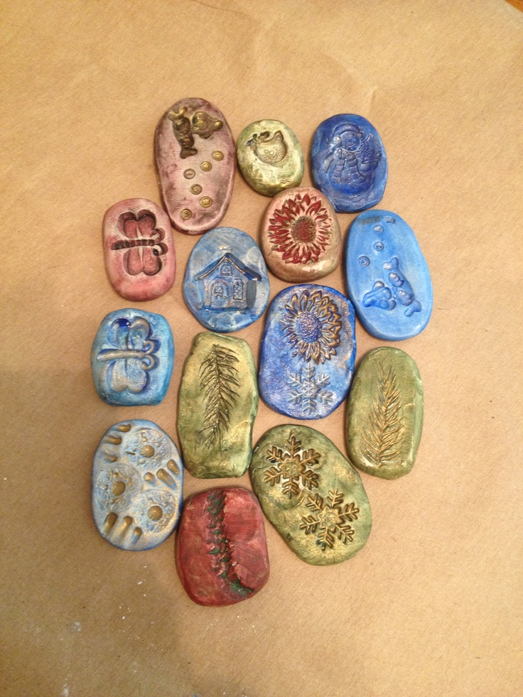 Clay, buttons, and paint fun with the kids! Did it!