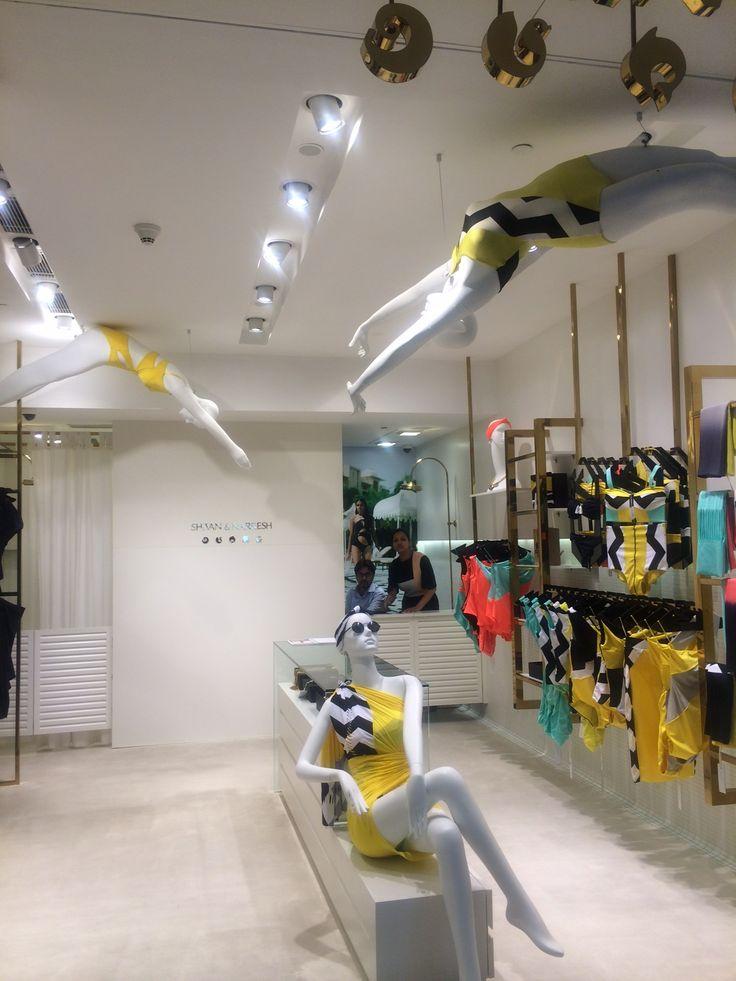 shivan and naresh: open store display,movement