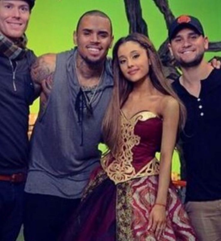 Ariana Grande Chris Brown Live Bet - image 9