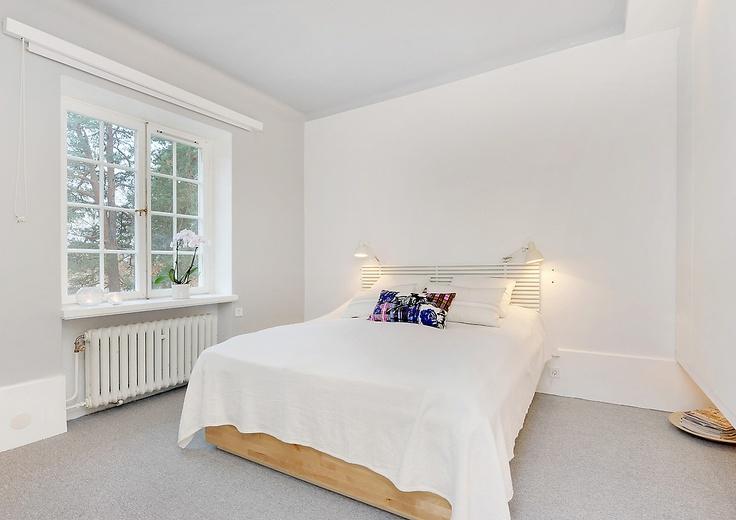 dålig bild på sovrum utan tavlor mm Lägenheten på Lidingö Pinterest