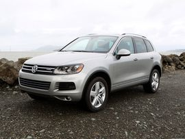 Volkswagen to buy back or fix beleaguered 3.0-liter diesels: Report     - Roadshow  Enlarge Image  The 3.0-liter diesel engine found its home in larger more expensive vehicles like this Volkswagen Touareg. Photo by                                            Wayne Cunningham/Roadshow                                          Things are about to get very expensive for Volkswagen Group as its reported that the automaker will buy back or fix cars with 3.0-liter diesel engines in the US…
