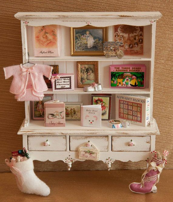 25+ Best Ideas About Vintage Dollhouse On Pinterest