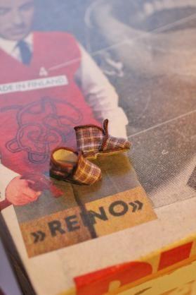 Nukkekoti Väinölän joulu - Maria Malmström - #reinot #reinotossut #nukkekotiväinölänjoulu #kirja #nukkekotiväinölä