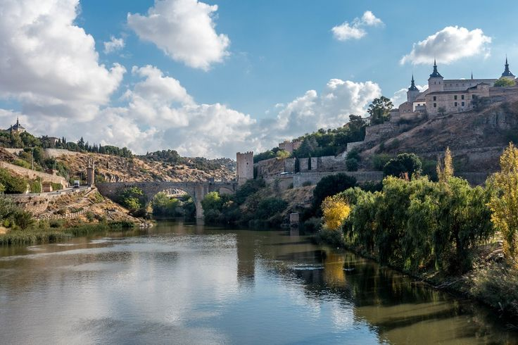 The best way to explore the Toledo attractions is on a walking tour of the Christian, Jewish and Moorish quarters in this beautiful Spanish town.