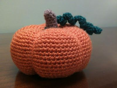 Little Fall Pumpkin by Crafty Jenn - free crochet pattern!