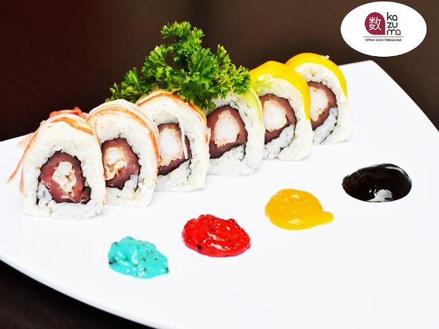 EL MEJOR RESTAURANTE JAPONÉS EN MÉXICO. En Restaurante Kazuma, algunos de nuestros sushis han sido creados por diseñadores, tal es el caso del sushi de Juan Pablo Reverter, elaborado con camarón capeado con atún envuelto en queso crema con cangrejo, aguacate y mango. Además, está acompañado de 4 salsas: Azul-Tártara, Rosa-Spicy, Amarilla-Mango con chile de árbol y la Negra: Zapote. ¡No puede dejar de probarlo! Le esperamos en Julio Verne #38 Colonia Polanco, Ciudad de México…