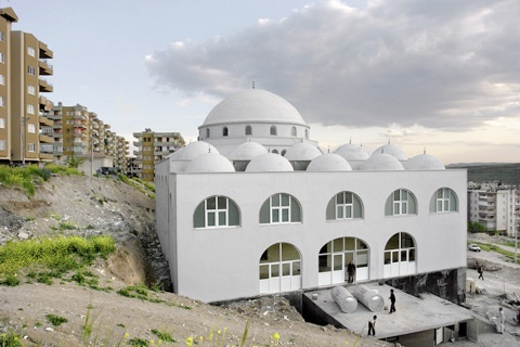 British photographer George Georgiou captures Turkey's rapidly changing landscape and its struggle between modernity and tradition. (Photo by George Georgiou) http://www.featureshoot.com/2013/02/turkeys-rapidly-changing-landscape-photographed-by-george-georgiou/