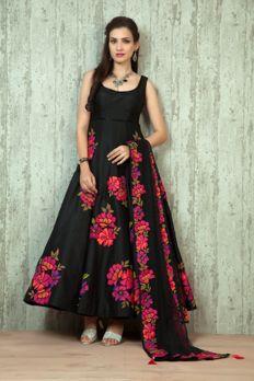 Silk kurta embellished with appliqué work and bead work from #Benzer #Benzerworld #IndoWestern #Indiandressesforwomen