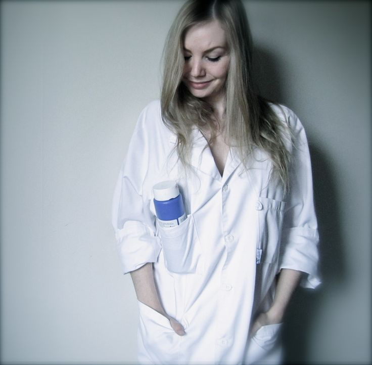 Elin Erikson oil painting. Doctor's coat!