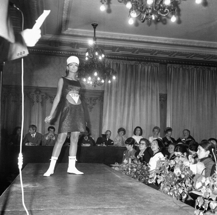 Paris Fashion Week History: Gorgeous Vintage Photos Show The Catwalk Shows Throughout The Years