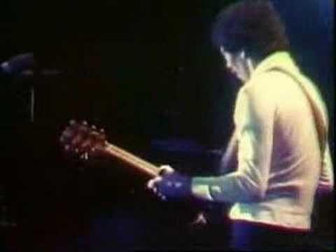 santana - flor de luna - musica de los 70s (+playlist) ~ How lovely ,this song is like a five minute musical vacation ...~~