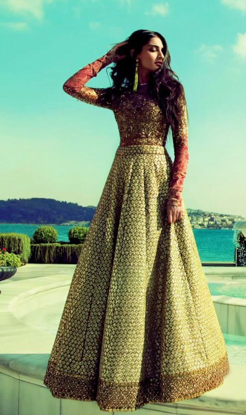 Sonam Kapoor in Sabyasachi Mukherjee for Elle India