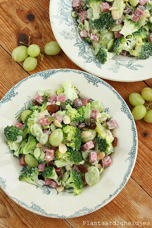 Plantaardigheidjes: Broccoli salade met druiven