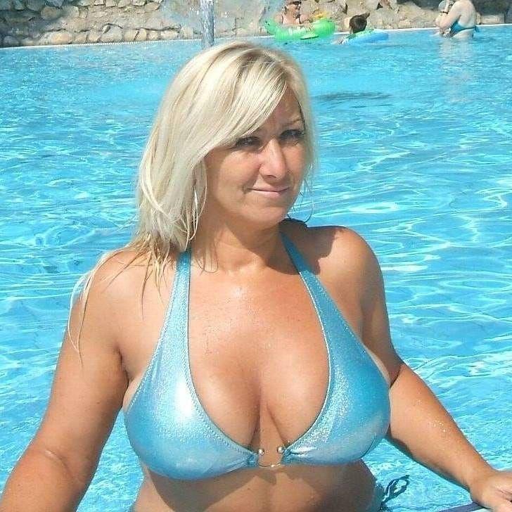 Bikini pics big boobs mature Pin On Sexy Curvy Women
