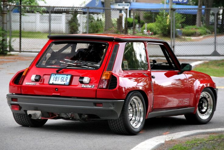 I've always loved this French hot-rod! Renault 5 Turbo 2. Gotta' love fender flares, wide tires and a roll-bar! (Click on photo for high-res. image.) Originally posted here: http://onlycarsandcars.blogspot.com/2012/02/renault-5-turbo-2.html