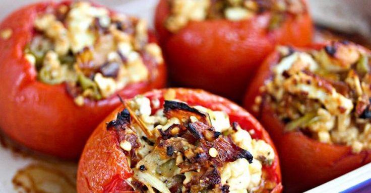 Tomates recheados com atum e cogumelos (210 calorias)