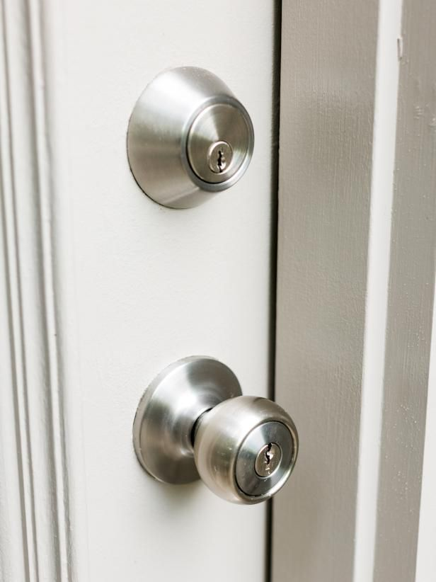 Touch This Deadbolt And It Ll Let You In August Smart Lock Smart Lock Smart Door Locks