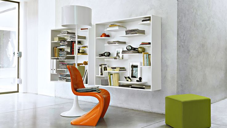 Shift bookcase by Lema. Shift bookcase, design by Nendo for Lema, composed by a solid and empty game that creates a discontinuous harmonic movement and, at the same time, has a functional role as is containment.