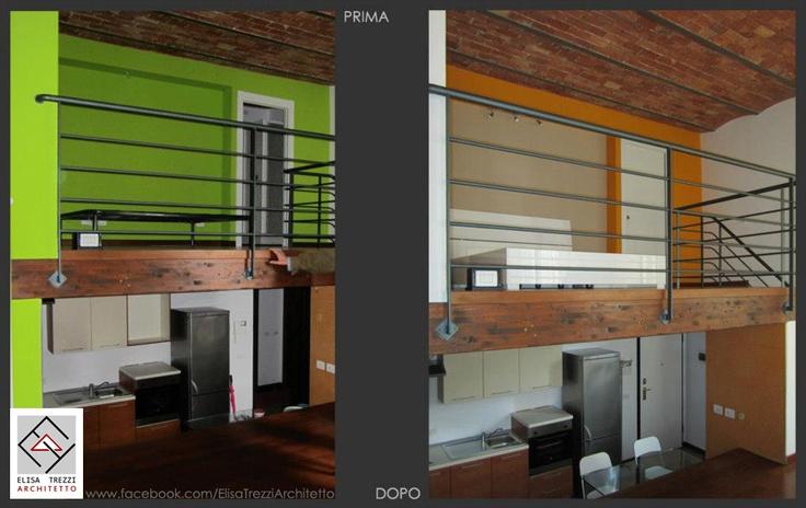 La zona cucina (livello inferiore) e la zona notte (livello superiore) viste dal livello intermedio della zona giorno, prima e dopo l'intervento. Le nuove tinte alle pareti mirano ad armonizzare i due spazi, accordandosi al colore arancione del rivestimento in mosaico presente nella cucina.
